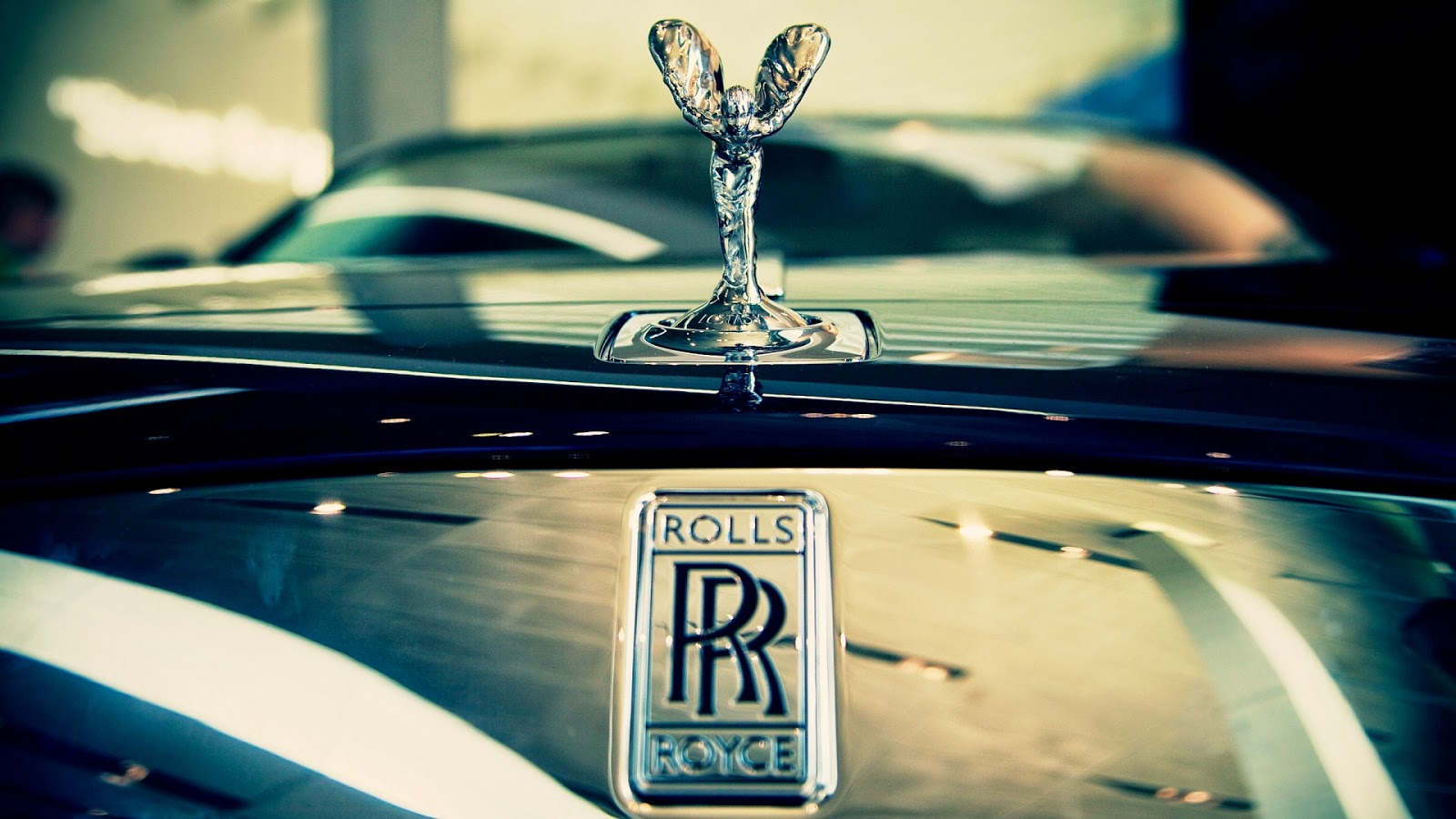 full hd rolls and royce image